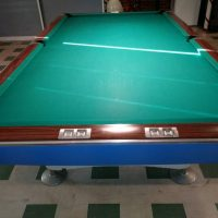 Brunswick Gold Crown I Snooker Pool Table